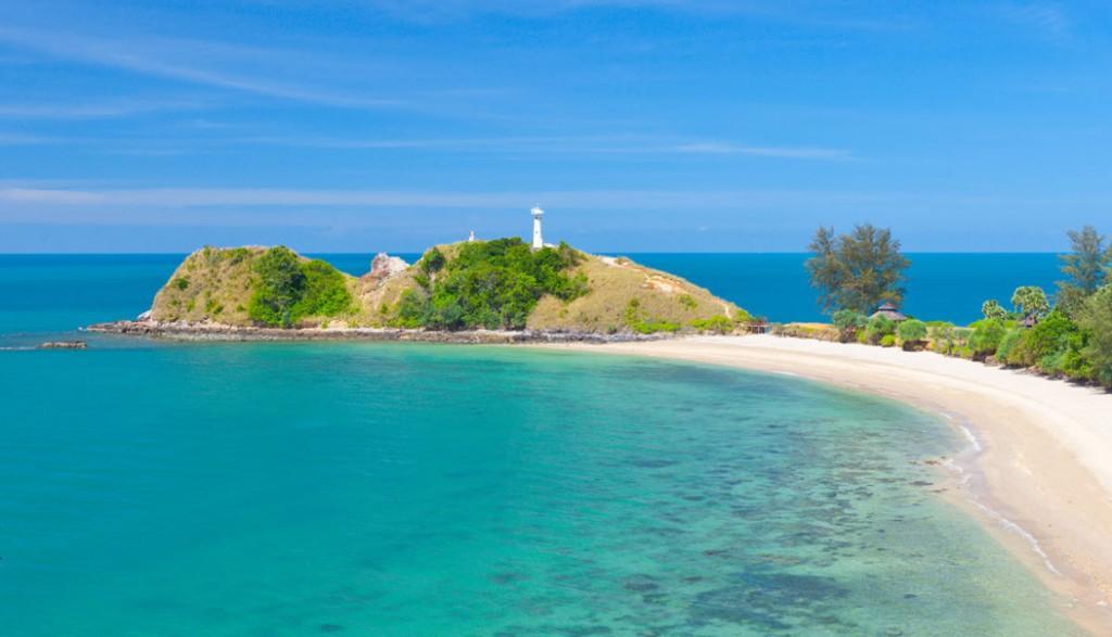 Plaz Koh Lanta s majakom